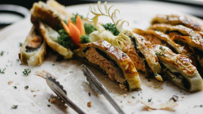 Manage-Your-Restaurant-Using-Catering-App-Effectively-on-lightningidea