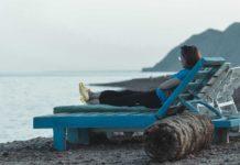 Reupholstering-a-Chaise-Lounge-on-LightningIdea