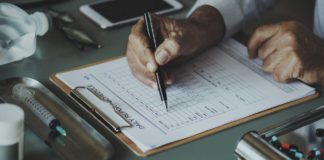 Financial-Lessons-All-Doctors-Should-Learn-on-Lightningidea