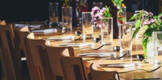 Tips-to-Get-Better-the-Event-Experience-for-Your-Guests-on-lightningidea